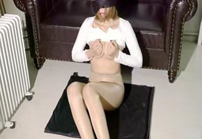 罕见极品模特超大尺度露奶露逼私拍视频