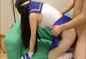 沙發玩艦娘海藍制服裝美少女