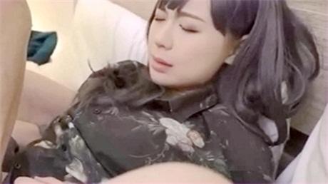 麻豆传媒最新出品欲女化妝師误入AV片场,資深男优传授性爱技巧版