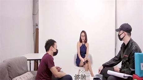 真实拍摄计划之泰国美女 忽悠泰国妹玩性爱游戏一顿操