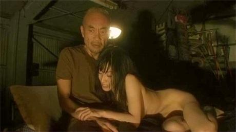 裸体之夜之掠夺狂爱CD2
